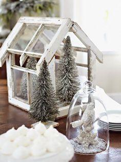 ** Personally selected products **: Una casa decorada en blanco para navidad