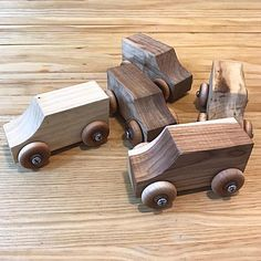 Our Arched Weaving Looms can be used for a variety of weaving activities based on the skill and age of the user. Wooden Truck, Wooden Car, Woodworking Projects Diy, Wood Projects, Toy Trucks, Designer Toys, Loom Weaving, Wood Toys, Wood Carving