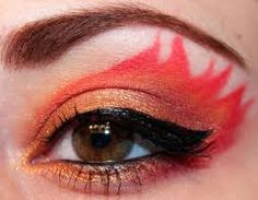 Amazing Eye Makeup Pictures To Inspire You - halloween eye makeup Fire Makeup, Sexy Eye Makeup, Hazel Eye Makeup, Hooded Eye Makeup, Simple Eye Makeup, Makeup For Green Eyes, Hazel Eyes, Devil Makeup Halloween, Halloween Eyes