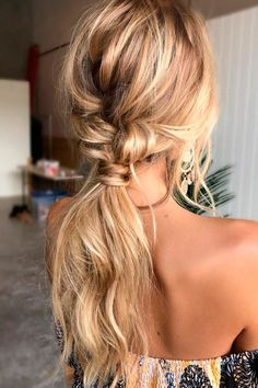 Best wedding hairstyles for long hair extensions up dos 49 Ideas Messy Ponytail Hairstyles, Easy Hairstyles For Long Hair, Boho Hairstyles, Straight Hairstyles, Wedding Hairstyles For Long Hair, Wedding Hair And Makeup, Hair Makeup, Long Hair Wedding Styles, Long Hair Styles
