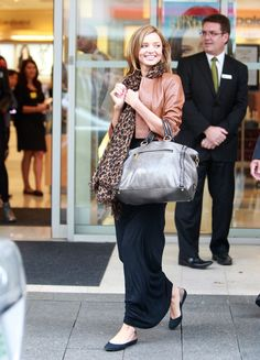 Miranda Kerr, maxi + flats + leopard scarf