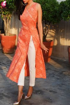 Orange & White Printed Modal Rayon Kurti with White Cotton Silk Pants - Orange & White Printed Modal Rayon Kurti with White Cotton Silk Pants Source by jasminedonig - Silk Kurti Designs, Kurta Designs Women, Kurti Designs Party Wear, Salwar Designs, Plain Kurti Designs, Salwar Suit Neck Designs, Party Wear Kurtis, Designs For Dresses, Dress Neck Designs