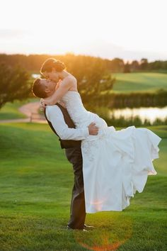 Bride and groom at sunset #wedding #photography #mn #rushcreekgolfclub #eileenkphoto #sunset
