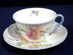 Rare Shelley Bone China Tea Cup + Saucer Set Dainty 0443 Chrysanthemum or Dahlia