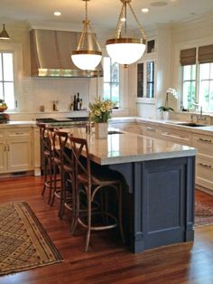 Don't feel limited by a small kitchen space. Get design inspiration from these charming small kitchen designs. Kitchen Island Designs With Seating, Farmhouse Kitchen Island, Stools For Kitchen Island, Kitchen Redo, Counter Stools, Kitchen Ideas, Granite Kitchen, Island Stools, Kitchen Designs