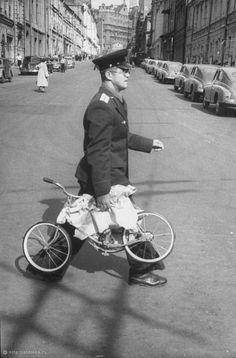 Фотография - Пушечная улица - Фотографии старой Москвы Back In The Ussr, Soviet Union, Moscow, Russia, Bicycle, Museum, Street, Bike, Bicycle Kick