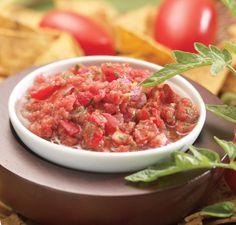 Awesome way to make fresh salsa in a blender! This blog site is amazing!