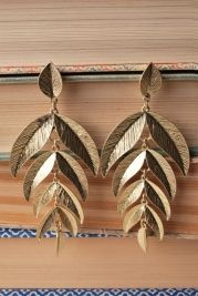 Olive Branch Earrings- only $14! This site is awesome!