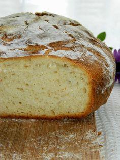 CHLEB (NA ZAKWASIE) Z GARNKA ŻELIWNEGO - Limonkowy - blog kulinarny Recipies, Food And Drink, Breads, Bakken, Recipes