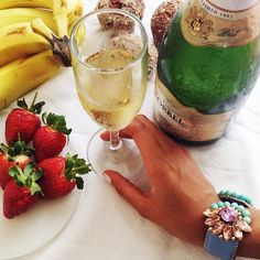 It's a Wrap! Cheers to our new lookbook! emojiemojiemoji #KorbelRD #LaEnotecaRD  #Summer2014 #Champagne #strawberries
