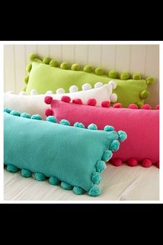 Cushions Choosing the perfect cushion - www. cushion covers online, living room cushions or lounger cushions Cute Pillows, Diy Pillows, Decorative Pillows, Throw Pillows, Glam Pillows, Pillow Ideas, Girl Room, Girls Bedroom, Bedroom Ideas