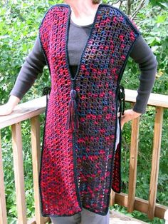 This  is awesome...I have got to make one...HALF-AND-HALF TABARD