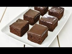 Negrese glazurate / Glazed Brownies (CC Eng Sub) No Cook Desserts, Sweet Memories, Food Videos, Brownies, Recipies, Cheesecake, Muffin, Food And Drink, Cooking Recipes