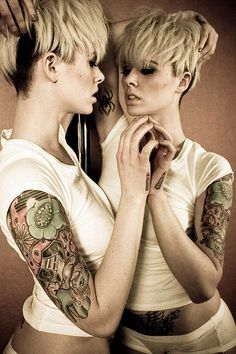 Tattoo Blonde