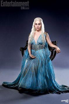 Daenerys-Targaryen-Season-EW-Promo-daenerys-targaryen-31154791-407-610.jpg 407×610 pixels