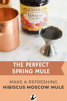 Celebrate spring with this refreshing Hibiscus Moscow Mule! It has a tart floral flavor which pairs perfectly with the spicy ginger beer. Add a little of your favorite vodka and you've got an easy cocktail to sip on a warm spring day. Spring Cocktails, Easy Cocktails, Refreshing Cocktails, Summer Drinks, Easy Drinks To Make, Easy Mixed Drinks, Spring Cupcakes, Mule Recipe, Vodka Recipes