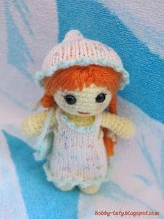 Rossella - bambolina amigurumi