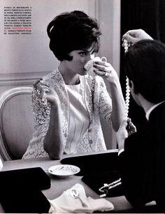 Linda Evangelista by Steven Miesel for Vogue Italia (1992)