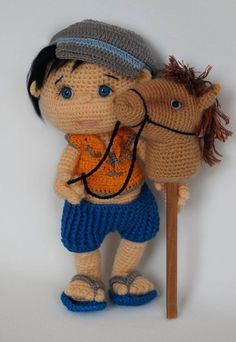 30 Nenes amigurumis super monos | Mundoamigurumi.com Crochet Dollies, Crochet Doll Pattern, Crochet Patterns Amigurumi, Amigurumi Doll, Crochet Toys, Crochet For Boys, Cute Crochet, Crochet Baby, Crochet Slippers