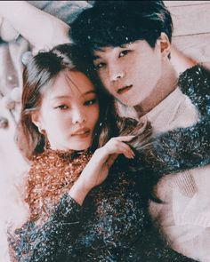 La imagen puede contener: 2 personas Swag Couples, Kpop Couples, Cute Couples, Jimin, Bts Taehyung, Blackpink And Bts, Bts Imagine, Jennie Blackpink, Min Suga