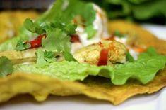 Kurczak Curry z Plackiem Roti - To przepyszne danie kuchni indyjskiej z kurczakiem curry, plackiem roti i aromatycznym sosem jogurtowo-kokosowym. Smakowało? Nie zapomnij skomentować
