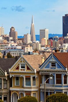 Be sure to check out San Francisco landmarks like the Painted Ladies, brightly colored houses. #Jetsetter