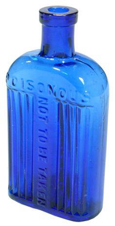Lugeneol Solution. Poisonous, Not to be taken. 4 oz Cobalt blue glass antique poison bottle. c1910s