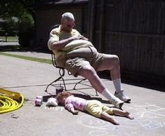 Grandpa Portrait, grandpa sleeping in driveway kid sleeping daughter Bad family pictures funny family photos funny pictures awkward worst fa...