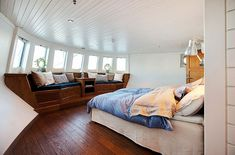 This floating house is located in downtown Stockholm and its built inside a barge. This floating house is located in downtown Stockholm and its built inside a barg Barge Interior, Boat Interior, Interior Design, Dutch Barge, Houseboat Living, Living On A Boat, Floating House, Tiny House Movement, Boat Design
