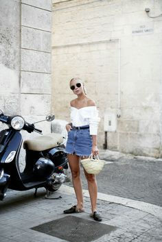 Dinner look in Ostuni Trendy Outfits, Summer Outfits, Fashion Outfits, Women's Fashion, Daily Fashion, Fashion Bible, Everyday Fashion, Street Style 2017 Summer, Loafers Outfit Summer