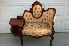 Gorgeous Victorian Telephone Chair! @Elizabete Veloso Veloso Veloso Veloso Guima