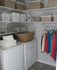 Awesome 99 Totally Inspiring Small Functional Laundry Room Ideas. More at http://99homy.com/2018/02/23/99-totally-inspiring-small-functional-laundry-room-ideas/