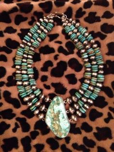 OUTSTANDING!  Native American Turquoise And Navajo Pearl Choker