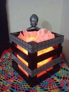 lampara de sal con un estilo diferente, $200 en https://ofeliafeliz.com.ar