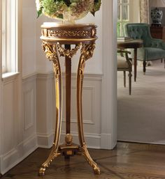 pedestals - Regency style carved wood pedestal with antique gold-leaf accents and Valencia marble top - room decor Shabby Chic Furniture, Luxury Furniture, Home Furniture, Outdoor Furniture, Rustic Furniture, Modern Furniture, Italian Furniture, Classic Furniture, Wood Pedestal