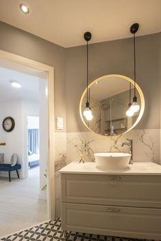 Bathroom Inspo, Modern Bathroom, Small Bathroom, How To Clean Mirrors, Bathroom Interior Design, Bathroom Furniture, House Design, Decoration, Home Decor