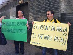 Pastores evangélicos brasileiros fazem protesto em Tel Aviv contra voto do Brasil na Unesco em desfavor de Israel.