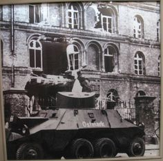 Danzig, Military Vehicles, Mansions, House Styles, Painting, Home Decor, Art, Mansion Houses, Craft Art