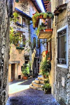 "Brasa Schlucht ~ is a colorful village located on Lago di Garda and the route from the Bond movie ""Quantum of Solace"" Italy"