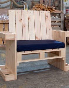 Plans of Woodworking Diy Projects - Sillón individual hecho con palets Get A Lifetime Of Project Ideas & Inspiration! Wooden Pallet Projects, Wooden Pallet Furniture, Woodworking Projects Diy, Wooden Pallets, Wooden Diy, Diy Projects, Pallet Wood, Pallet Ideas, Outdoor Furniture Plans