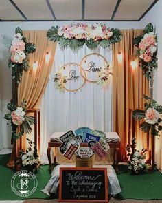 Decoration Evenementielle, Background Decoration, Backdrop Decorations, Ceremony Decorations, Flower Decorations, Backdrops, Pipe And Drape Backdrop, Floral Backdrop, Wedding Planning Pictures