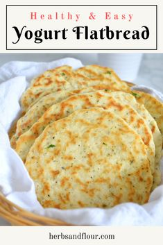 A simple yeast-free herbed yogurt flatbread that comes together in minutes! This recipe takes just 15 minutes using pantry and fridge staples! Yogurt Recipes, Bread Recipes, Baking Recipes, Best Bread Recipe, Bread Bun, Flat Bread, Indian Food Recipes, Vegetarian Recipes, Easy Mediterranean Diet Recipes