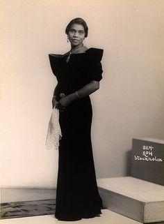 Marian Anderson, ca. 1934 Stockholm, Sweden Photographer: Ben-Kow