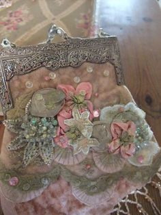 French beaded purse Z