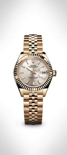 The new Rolex Lady-Datejust 28 in 18 ct yellow gold with a fluted bezel, silver dial and Jubilee bracelet. #RolexOfficial #Baselworld