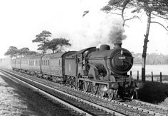 The location of this photograph is unknown, but locomotive 62612 worked out of Ipswich. It was built in 1923 and was disposed of in January 1960. Can you tell us more?