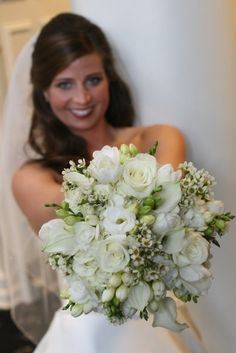 Beautiful white bouquet by Southern Event Planners, Memphis, Tennessee. Memphis Tennessee, Event Planners, Bridal Bouquets, Southern, Bridesmaid, Fancy, Celebrities, Wedding Dresses, Unique