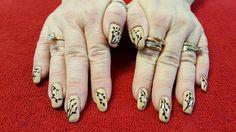 Simple Elegant Line Art : Floral design on gold chameleon base nail art by david