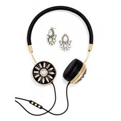 A gorgeous collaboration: #Frends headphones and #BaubleBar earrings! @wearefrends @BaubleBar