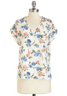 Pastry Picks Top in Floral. Your favorite treats are even sweeter when youre wearing this breezy top!  #modcloth